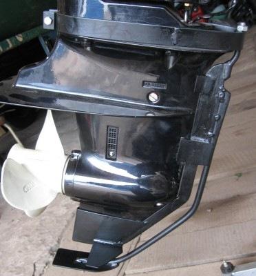 защита на лодочный мотор