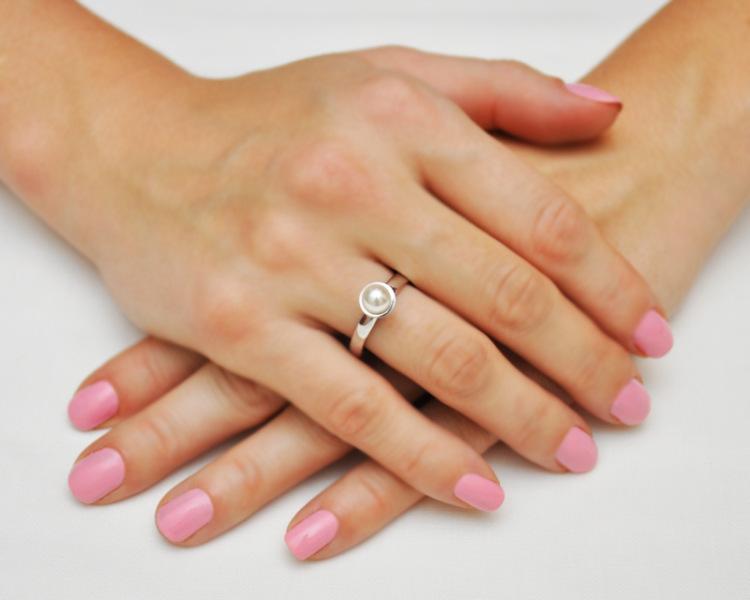 К чему сниться кольцо на безымянном пальце