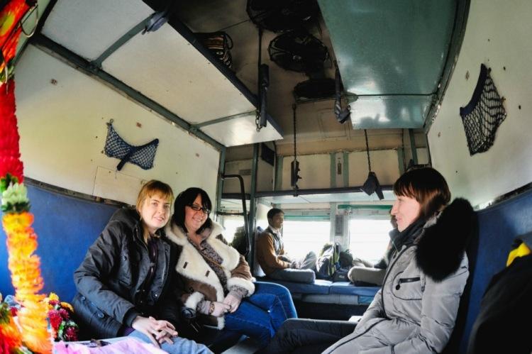 Не догадался поснимать в том самом поезде. Но это такой же, в нем мы ехали из Кхаджурахо в Варанаси. Фото С. Татаринцева.