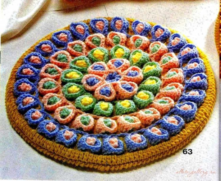 Цветочные коврики вязаные крючком.